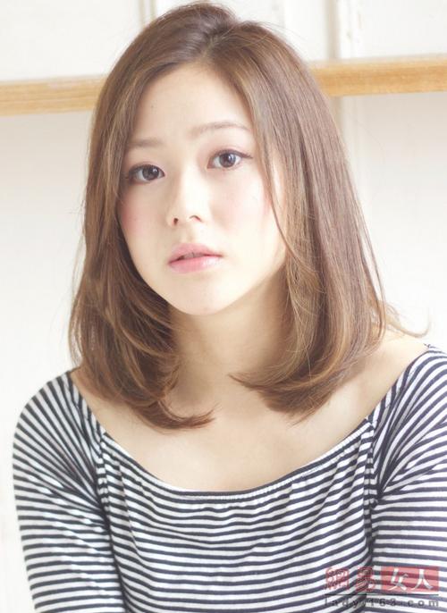 12 kiểu tóc Nhật, Hàn giúp nàng công sở thêm xinh - 10