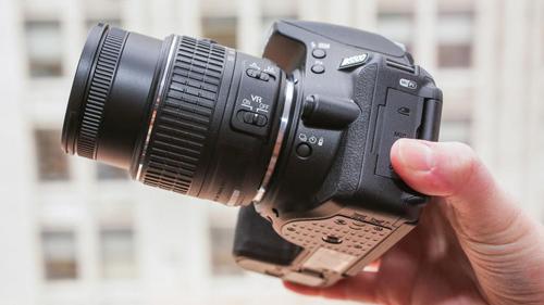 Đánh giá Nikon D5500: Rẻ và nhỏ gọn - 8
