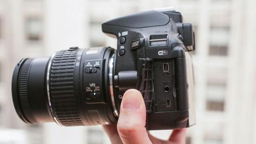 Đánh giá Nikon D5500: Rẻ và nhỏ gọn - 6