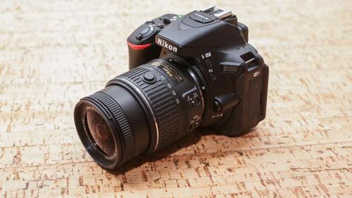 Đánh giá Nikon D5500: Rẻ và nhỏ gọn - 11