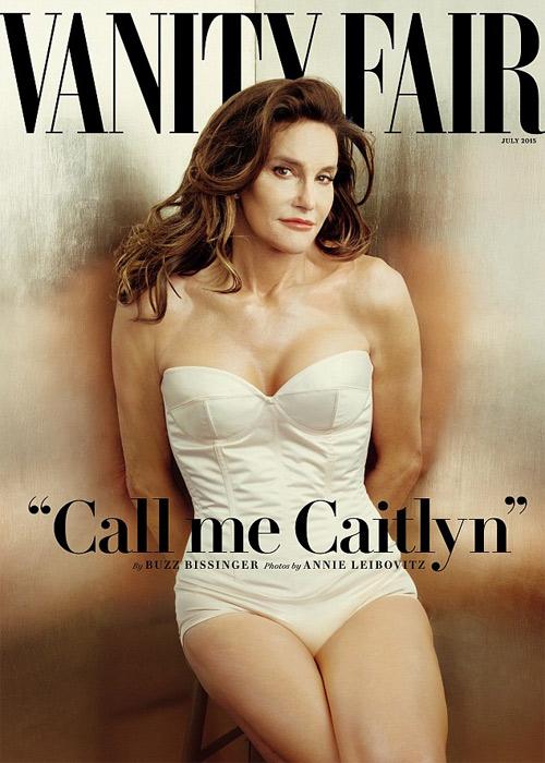 Người mẫu 42 tuổi luống cuống vì rơi váy băng dính - 8