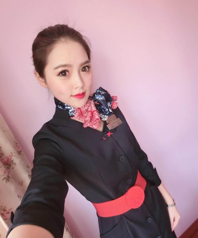 Nữ sinh hàng không xinh đẹp tinh khiết - 14