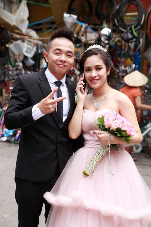 Phúc Bồ rước cô dâu hot girl bằng xe mui trần - 6