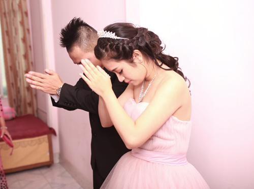 Phúc Bồ rước cô dâu hot girl bằng xe mui trần - 9
