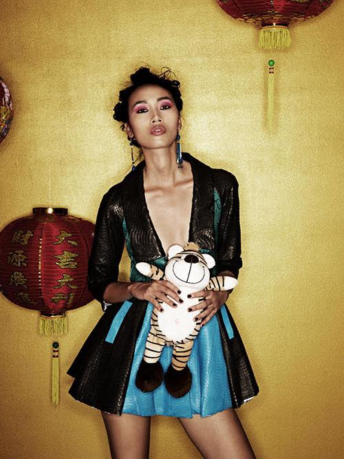 """Trang Khiếu làm mẫu cho nhãn giày """"ruột"""" của bà Becks - 6"""