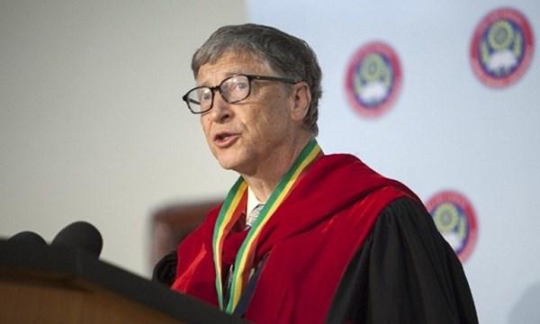 """Tỉ phú Bill Gates: """"Mọi người đừng bỏ học như tôi"""" - 1"""