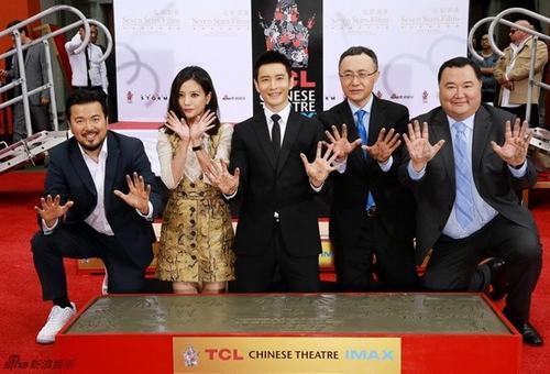 Triệu Vy, Huỳnh Hiểu Minh bị chỉ trích làm lố tại Hollywood - 3