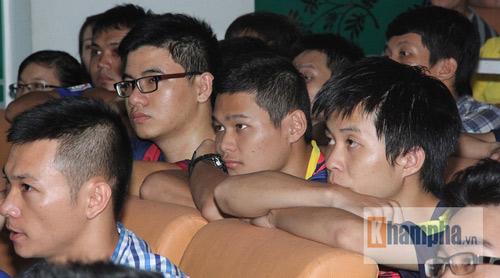 Fan Việt lạc giọng vì cú ăn 3 huyền diệu của Barca - 7