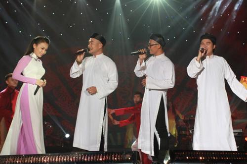 Thiên Vương (MTV) khoe con trên sân khấu - 7