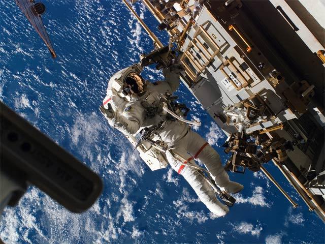 """Vì sao người TQ bị """"cấm cửa"""" ở trạm không gian ISS? - 2"""
