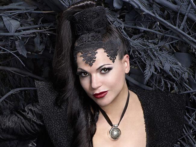 Những nàng phù thủy quyến rũ nhất màn ảnh - 11