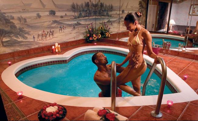 13 bể bơi độc, lạ nhất hành tinh - 9