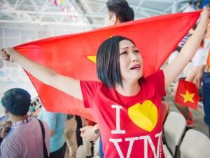 Phương Thanh bật khóc cổ vũ vận động viên SEA Games