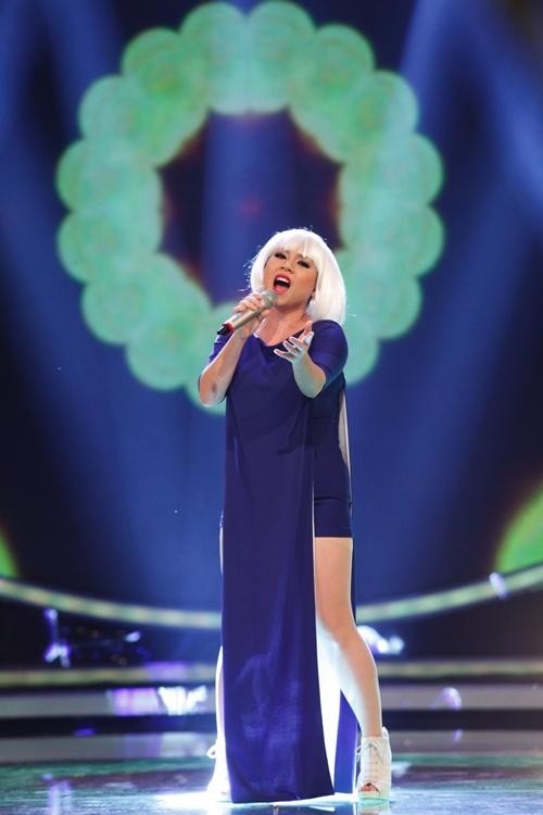"""Trọng Hiếu Idol """"đốn tim"""" fan nữ khi hát tiếng Việt - 7"""