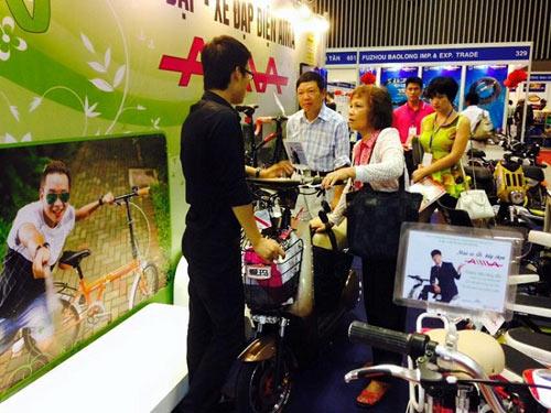 Xe điện AIMA - điểm sáng tại Saigon Autotech 2015 - 3