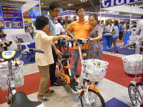 Xe điện AIMA - điểm sáng tại Saigon Autotech 2015 - 4