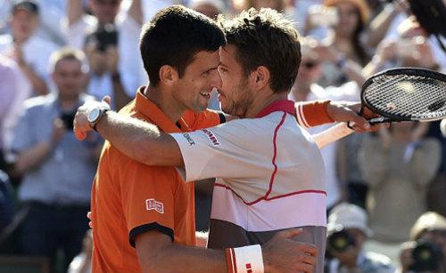 """Thua ngược Wawrinka, Djokovic """"tâm phục khẩu phục"""" - 1"""