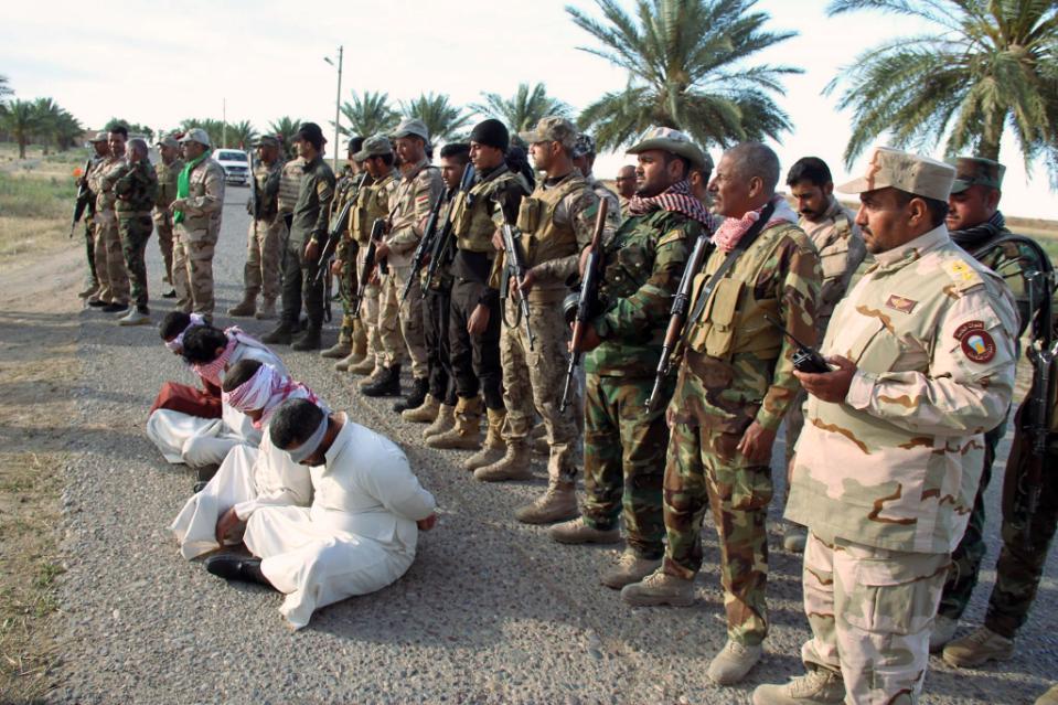 Lính Iraq đánh bật IS khỏi thị trấn chiến lược - 2