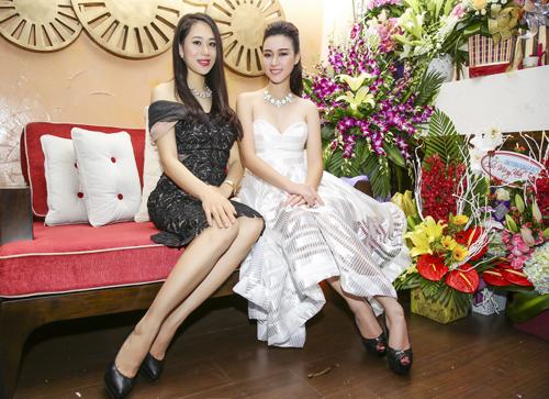 Trang Nhung diện váy đen khoe làn da trắng sứ - 11