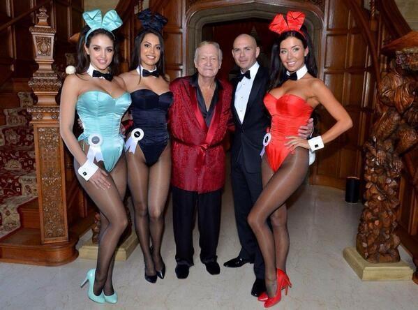 Người mẫu Anh tiết lộ ông trùm Playboy đã hết ăn chơi - 2