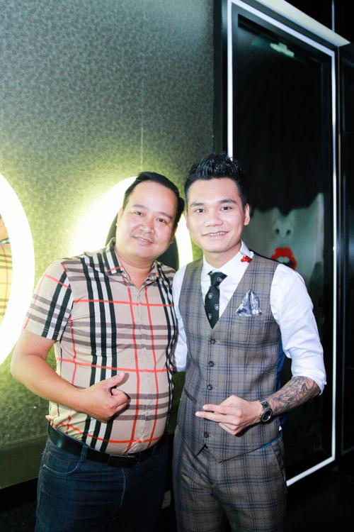 Khắc Việt bất ngờ trước tình cảm của fan - 11