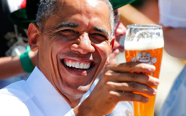 Vì sao Obama uống một vại bia trước khi họp G7? - 1