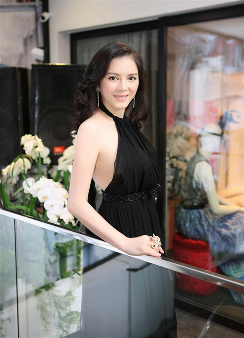 8 bà chủ trẻ tài ba, gợi cảm của showbiz Việt - 2
