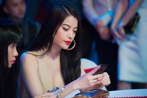 8 bà chủ trẻ tài ba, gợi cảm của showbiz Việt - 3