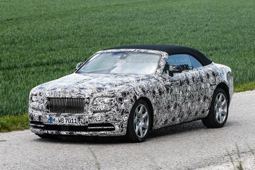 Rolls-Royce Dawn mui mềm, giá khoảng 6 tỷ đồng - 4