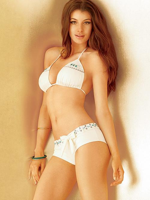 Điểm mặt 13 kiểu bikini từ cơ bản tới quái đản - 13