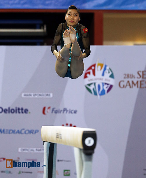 """""""Búp bê"""" Malaysia tỏa sáng trên sàn thể dục - 5"""