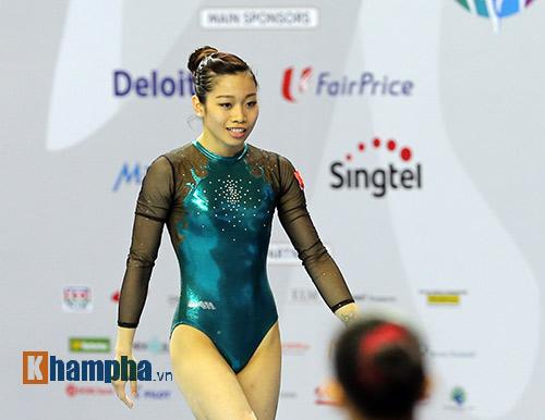 """""""Búp bê"""" Malaysia tỏa sáng trên sàn thể dục - 8"""
