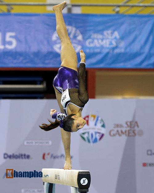 """""""Búp bê"""" Malaysia tỏa sáng trên sàn thể dục - 12"""