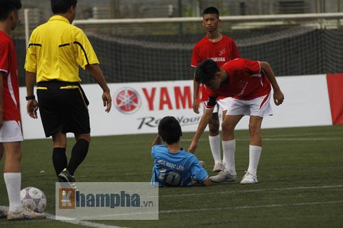 Festival bóng đá học đường: U13 Ngọc Lâm xuất sắc giành vé đi Nhật - 1