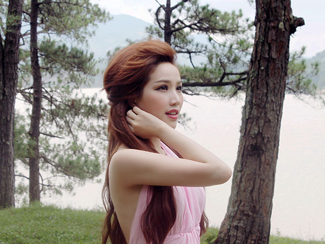 Bảo Thy bật khóc vì chia tay người yêu trong MV mới