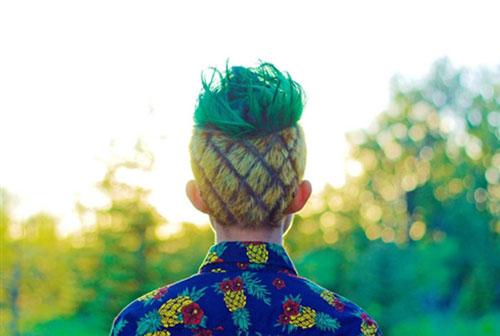 """Học kém, nam sinh buộc phải cắt tóc kiểu """"quả dứa"""" - 3"""