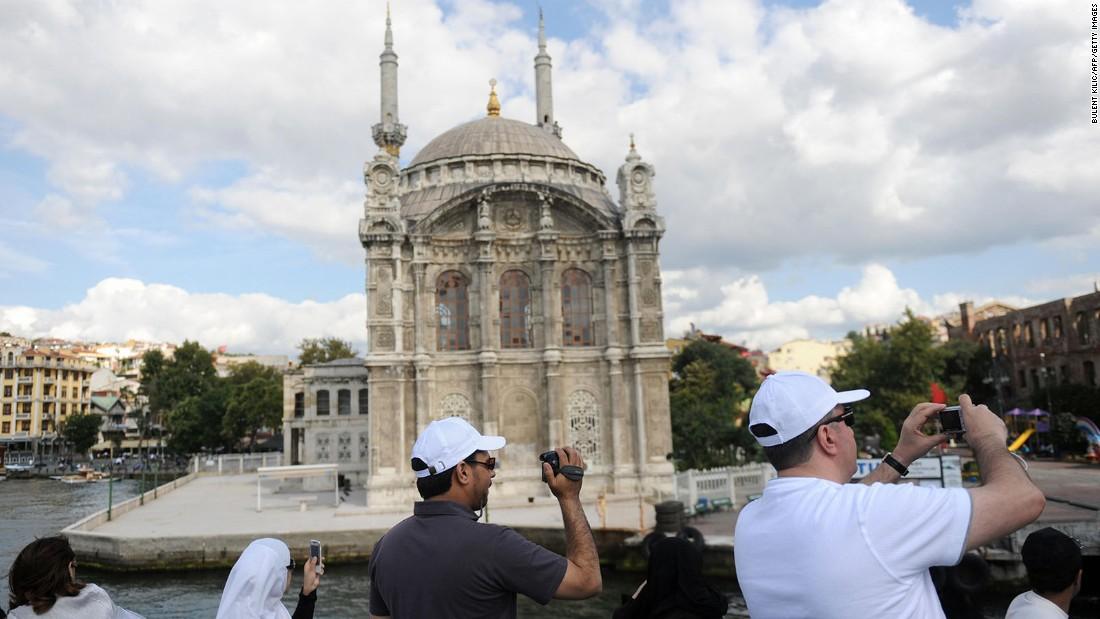 Kết quả hình ảnh cho du lịch 5 toàn thế giới