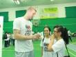 Toàn cảnh 4 ngày tại Việt Nam của cầu thủ ngôi sao đến từ Mỹ