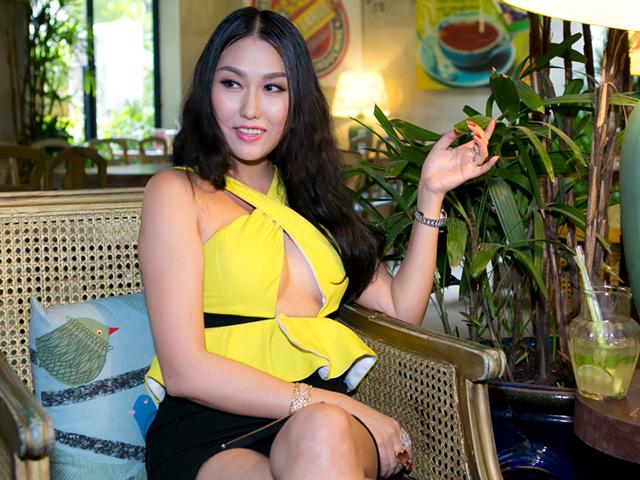 Phi Thanh Vân hồn nhiên với váy áo táo bạo