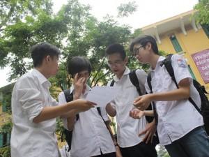 """Đề thi Toán vào lớp 10 ở Hà Nội: Hình học """"làm khó"""" thí sinh"""