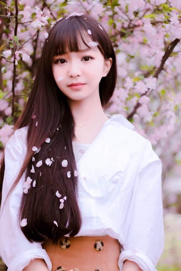 Vẻ đẹp ngọt ngào của hoa khôi báo chí - 2