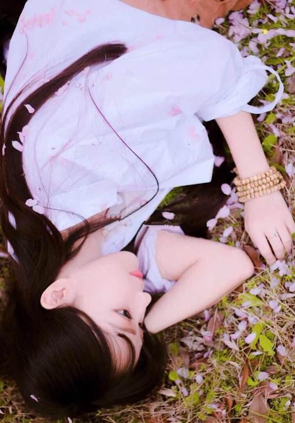 Vẻ đẹp ngọt ngào của hoa khôi báo chí - 7