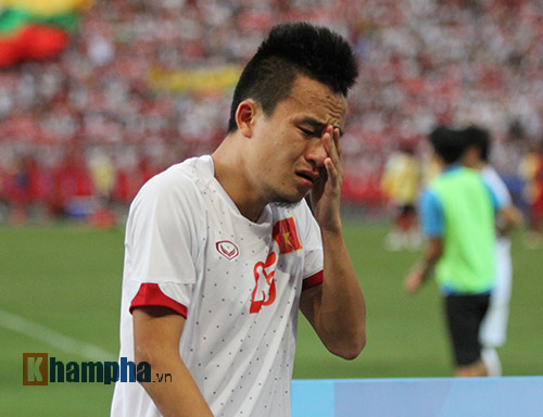 """U23 Việt Nam khóc """"như mưa"""" sau thất bại - 8"""
