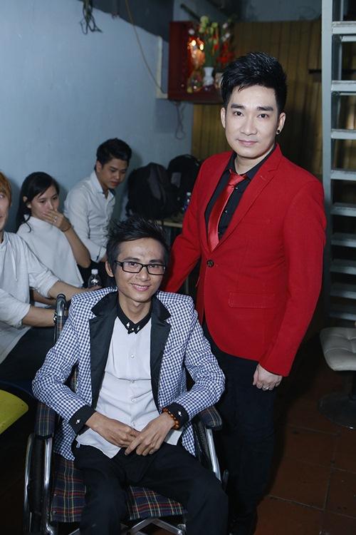 Sao Việt hết lòng ủng hộ ca sĩ Thái Lan Viên - 11