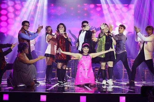 """Hải Yến Idol được mẹ """"cứu nguy"""" trước giờ diễn - 6"""
