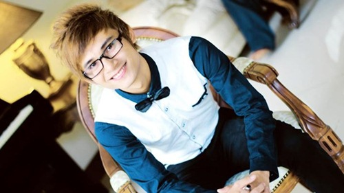 Vẻ điển trai của chàng ca sĩ có phổi bị hủy hoại 95% - 10