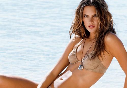 10 siêu mẫu xinh đẹp, gợi cảm nhất Brazil - 10