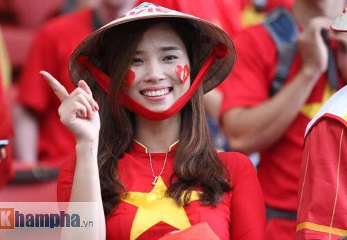 CĐV Việt ở Singapore: Niềm vui chưa trọn, hẹn SEA Games sau - 3
