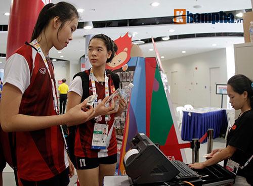 """Hot girl bóng chuyền VN muốn gây """"sốc"""" với Thái Lan - 12"""