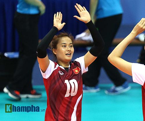 """Hot girl bóng chuyền VN muốn gây """"sốc"""" với Thái Lan - 8"""